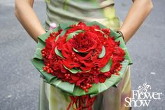 Stunning composite bouquet.  #glamelia. #red  #composite