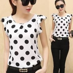 womens tops on sale Cute Blouses, Blouses For Women, Casual Outfits, Fashion Outfits, Casual Tops, Blouse Designs, Chiffon Tops, Work Wear, Couture