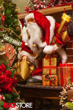 Διακοσμητικός Άη Βασίλης Christmas Stockings, Christmas Ornaments, Holiday Decor, Home Decor, Xmas Ornaments, Decoration Home, Christmas Jewelry, Christmas Ornament, Interior Design