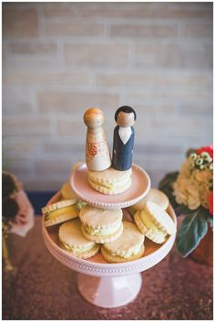 Unique wedding dessert idea - cookies! These treats are by Cookie Love in Edmonton. Photo by Kristin Zabos
