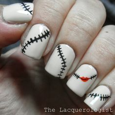 Interesting White Nail Art Design Idea With Black Stitching And Red Lip Motif - Easy Christmas Nail Art Creative Nail Designs, Creative Nails, Nail Art Designs, Pretty Halloween, Halloween Nail Art, Christmas Nail Art, Holiday Nails, Sally Nails, Halloween Nails