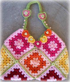granny square bag - Hearts & Rainbows; how to do squar bag, market bag, granny squares, granni squar