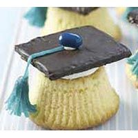 Graduation snacks ideas, my cousin did this for his graduation except he used Reese's peanut butter cups!:)