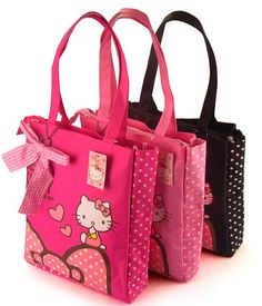 212 Best Hello Kitty Bags   Purses images in 2019   Purses, Hello ... 9543d95c5a