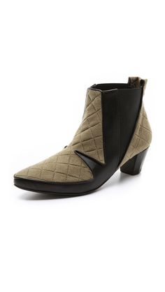 Ohne Titel Quilted Low Booties in olive and black