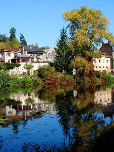 Haute Vienne river bank - Limoges, Limousin
