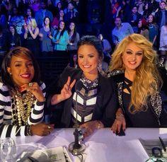 Demi Lovato / Kelly Rowland / Paulina Rubio / X Factor