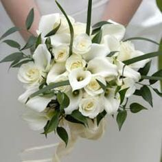 White Roses and Callas from unique bridal bouquet ideas