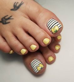 Designing your fingernails is usually lots of fun. It can make a fashion stateme… – Summer Nails – Nail Trends Beach Toe Nails, Summer Toe Nails, Nail Art Stripes, Striped Nails, Pretty Toe Nails, Pretty Toes, Pedicures, Blue Nail Designs, Toe Nail Art