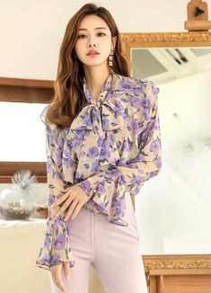 Korean Women`s Fashion Shopping Mall, Styleonme. Korean Shirts, African Traditional Dresses, Korean Fashion, Women's Fashion, Recycled Fashion, Korean Women, Floral Blouse, Stylish Outfits, Shopping Mall