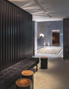 Hotel Altis Prime can be found in Lisbon, Portugal. It's a luxury building designed by Cristina Jorge de Carvalho who won several awards for this project. Lobby Design, Design Hotel, House Design, Hotel Hallway, Hotel Corridor, Lobby Interior, Interior Architecture, Interior Design, Hotel Interiors