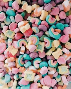 Find images and videos about love, food and yummy on We Heart It - the app to get lost in what you love. Aesthetic Food, Pink Aesthetic, Aesthetic Iphone Wallpaper, Aesthetic Wallpapers, Cute Food, I Love Food, Bonbons Pastel, Tumblr Food, Food Wallpaper