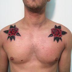 "1,583 Beğenme, 11 Yorum - Instagram'da Matt Houston (@matthew_houston): ""Some flowers for Federico! #roses #chest #classic #colour #traditional #tattoo #vancouver"""