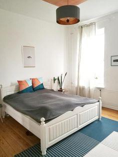 Teppich #vondirinspiriert #bedroom #nordichome #altbau #lichtdurchflutet #kupfer