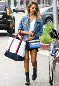 2/9 #ジェシカ・アルバ #デニムジャケット #ミニスカート #レースアップブーツ |海外セレブ最新画像・私服ファッション・着用ブランドまとめてチェック DailyCelebrityDiary*