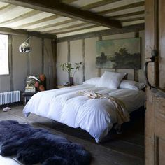 7 Tips for Creating a Cozy, Calming Bedroom