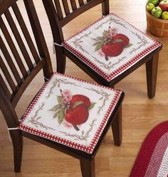 2 Sweet Country Apple Kitchen Chair Cushions Spring Home Decor 15 Kitchen Chair Pads, Kitchen Chair Cushions, Kitchen Chairs, Small Office Chair, Small Chair For Bedroom, Apple Kitchen Decor, Kitchen Decor Themes, Kitchen Ideas, Kitchen Stuff