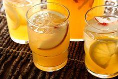 White Peach Sangría - A light and peachy sangría that's slightly frizzante.