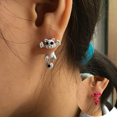 http://gemdivine.com/pameng-12-style-fashion-colourful-bijoux-3d-black-eye-cute-small-cat-stud-earrings-for-girl-jewelry-brincos/