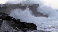 La Dirección de Atención de Emergencias y Meteorología del Gobierno Vasco ha activado además la alerta naranja para este miércoles ante la previsión de olas de más de 6 metros.