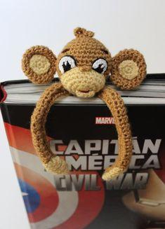 Little Monkey Bookmark to back to school – Sueños Blanditos - Crochet Crochet Bookmark Pattern, Crochet Bookmarks, Crochet Books, Crochet Gifts, Free Crochet, Crochet Patterns, Diy Knitting Projects, Crochet Monkey, Book Markers