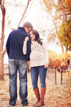 I also like the sweaters that tie right above your bump.