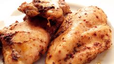A very basic but delicious easy oven baked chicken sauce. You can add any spices you wish, but this is our favorite recipe for bakedchicken! Sauce For Baked Chicken, Easy Oven Baked Chicken, Chicken Sauce Recipes, Turkish Recipes, Chicken Wings, Food Videos, Carne, Favorite Recipes, Baking