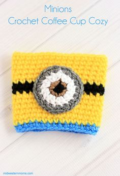 A fun, simple,cute, and FREE crochet pattern for a Minions coffee cup cozy! I loved how this turned out and you will have fun making it!