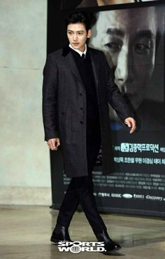 2014-12-08 Healer VIP premiere | Ji Chang Wook