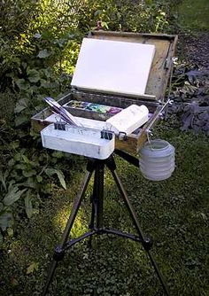 David R. Becker's Tip of the Week - a DIY portable art box mounted on a tripod! Brilliant!
