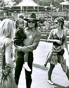 Michael at Sweden 1989 :) He always loved babies and all children of the world ღ by ⊰@carlamartinsmj⊱