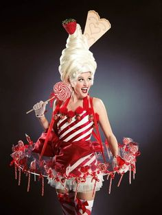 Bolli Darling Strawberry Sundae Knickerbockerglory Costume Fun walkabout characters tempt your guests with sweet candy delights! Costume Bonbon, Candy Cane Costume, Candy Costumes, Tutu Costumes, Halloween Costumes, Candy Girls, Maquillage Halloween Clown, Promo Staff, Eye Candy