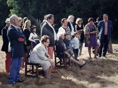 Los invitados durante la ceremonia.