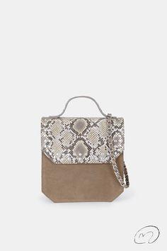 PRIMAVERA 2020 Color Topo, Gucci, Shoulder Bag, Bags, Fashion, Zippers, Chains, Pockets, Silver