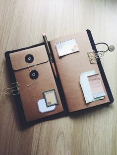 Kraft envelop pocket for Pelle Leather Journal by Pellestudio