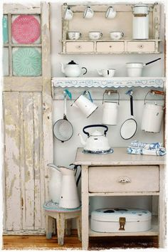 Pretty display of vintage enamelware. - Magical Home Inspirations