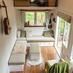 Nice open floorplan☺❤❤#tinyhouseonwheels #tinyhouse #tinyhome #tinyhousemovement #tinyhouses #livesimply #thinkbiglivetiny #sustainableliving