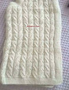 kalpli-yelek-ornegi-modeli See other ideas and pictures from the category menu…. Knitting Designs, Knitting Stitches, Knitting Projects, Hand Knitting, Knitting Patterns, Crochet Motif, Diy Crochet, Crochet Hats, Knitted Heart