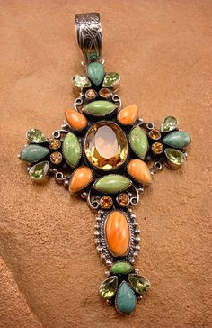 Pendant set with Spiny Oyster, Peridot, Citrine, and Gaspeite by Leo Feeney