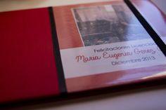 Libro de Firmas Para Maria Eugenia que se recibio de Licenciada en Administración de Empresas!!!