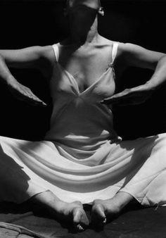 Martha Graham by Imogen Cunningham.