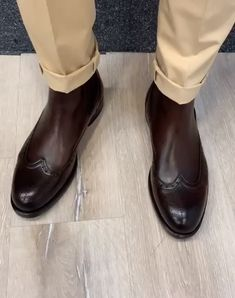 Collection: Fall – Winter Product: Chelsea Boots Color code: Coffee Shoes sole: Rubber Shoes Material: Leather Available Size: Package Include: Shoes Only Gift: Belt Black Leather Shoes, Leather Men, Leather Boots, Terno Casual, Black Chelsea Boots, Walking Boots, Dress With Boots, Dress Shoes, Shoe Boots