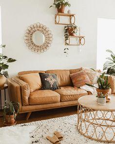Casa da Anitta: see the singer's mansion in Barra da Tijuca - Home Fashion Trend Boho Living Room, Living Room Lighting, Living Room Sofa, Living Room Furniture, Living Room Decor, Bedroom Decor, Bohemian Living, Living Room Inspiration, Home Decor Inspiration