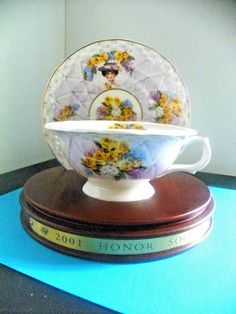 2001 Avon Mrs P.F.E.Albee Porcelain Honor Society Teacup&Saucer w/stand papers
