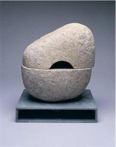 Sculpture A - The Noguchi Museum Stone Sculpture, Modern Sculpture, Abstract Sculpture, Sculpture Art, Isamu Noguchi, Organic Shapes, Land Art, American Artists, Ceramic Art