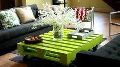 Inspiring image Recycled Wood Pallets, DIY Furniture Designs, DIY Recycled Pallets, Recycled Furniture Ideas, Recycled Old Wood by RecycledThings - Resolution - Find the image to your taste Recycled Pallet Furniture, Wooden Pallet Crafts, Pallet Furniture Designs, Pallet Designs, Wooden Pallets, Handmade Furniture, Pallet Ideas, Diy Furniture, Recycled Pallets