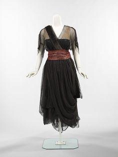 Dinner Dress    Drécoll, 1914-1916    The Metropolitan Museum of Art
