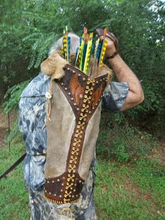 Hand Tooled Leather Winged Warrior Arrow Quiver Great for Archery Hunters and Renaissance Reenactment Archery Quiver, Archery Gear, Arrow Quiver, Archery Hunting, Leather Quiver, Leather Tooling, Tooled Leather, Hunting Arrows, Bow Hunting