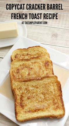 Barrel Copycat French Toast Try this Copycat Cracker Barrel French Toast recipe with your family!Try this Copycat Cracker Barrel French Toast recipe with your family! Best French Toast, Cinnamon French Toast, French Toast Bake, Simple French Toast Recipe, Sour Dough French Toast, Brioche French Toast, Brioche Bread, Classic Recipe, Texas French Toast Recipe