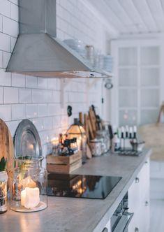 Uusi Kuu Kitchen Dining, Kitchen Decor, Kitchen Ideas, Home Reno, Apartment Design, Kitchen Organization, Kitchen Appliances, Kitchens, Diy Home Decor